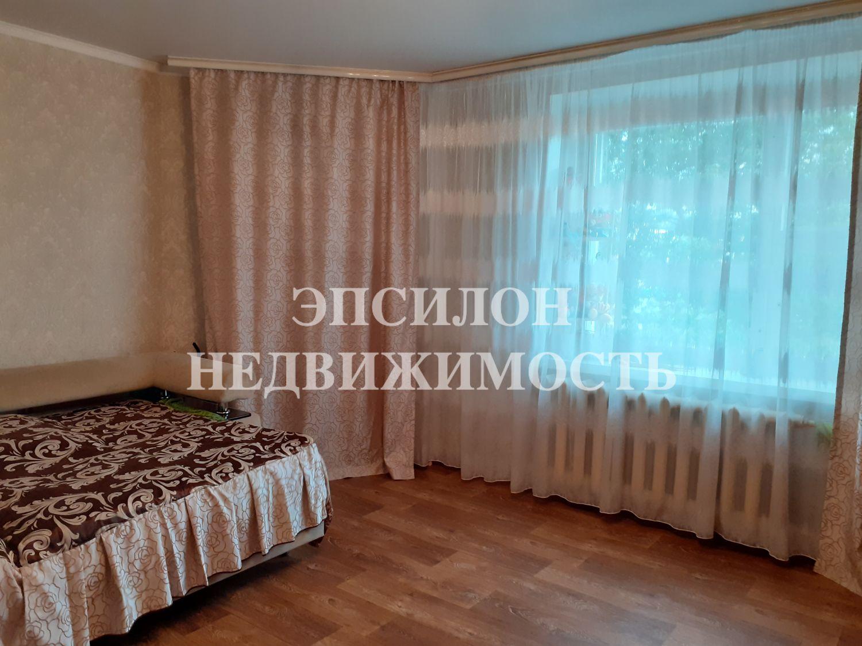 Продам 1-комнатную квартиру в городе Курск, на улице Серегина, 22а, 1-этаж 10-этажного Кирпич дома, площадь: 41.9/18.3/8.69 м2