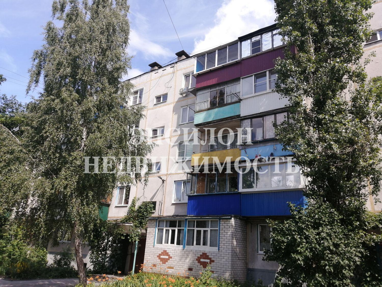 Продам 2-комнатную квартиру в городе Курск, на улице Серегина, 47а, 5-этаж 5-этажного Панель дома, площадь: 44.5/28/6 м2