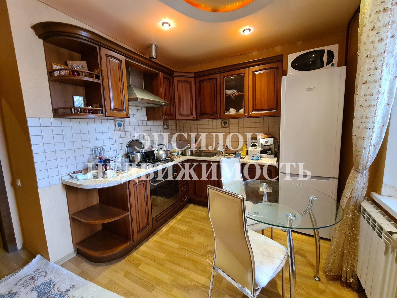 Продам 1-комнатную квартиру в городе Курск, на улице Дружининская, 29, 10-этаж 10-этажного Кирпич дома, площадь: 38.5/18/10 м2